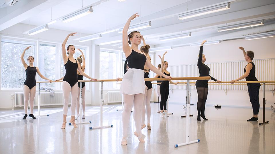 Bild för 'Estetiska programmet inriktning Dans'